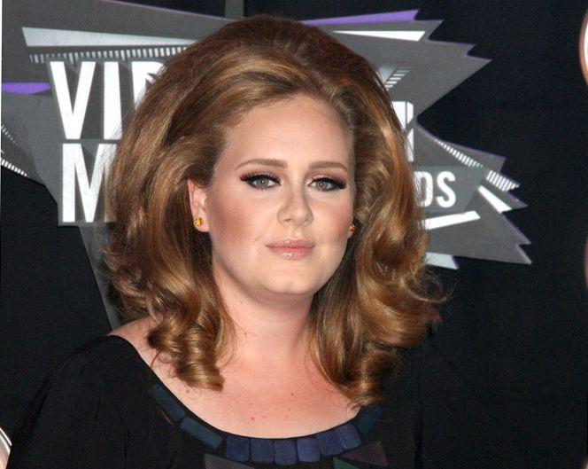 Adele deve se mudar para o interior  / Helga Esteb / Shutterstock