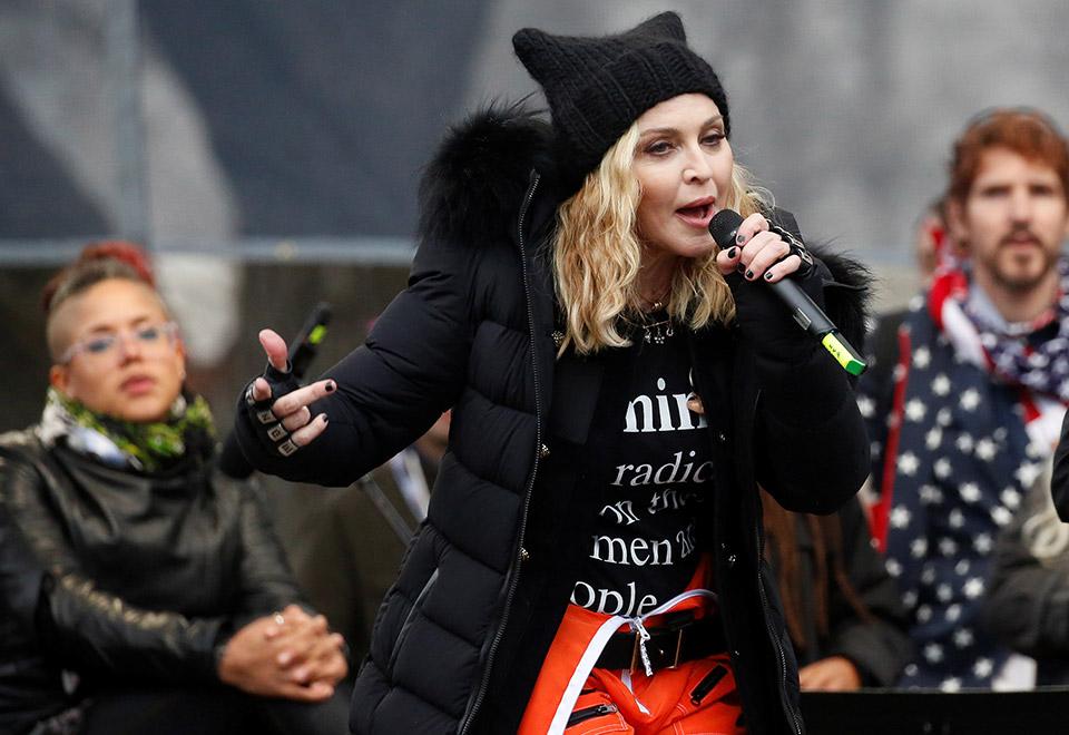 Madonna comanda famosas na marcha das mulheres