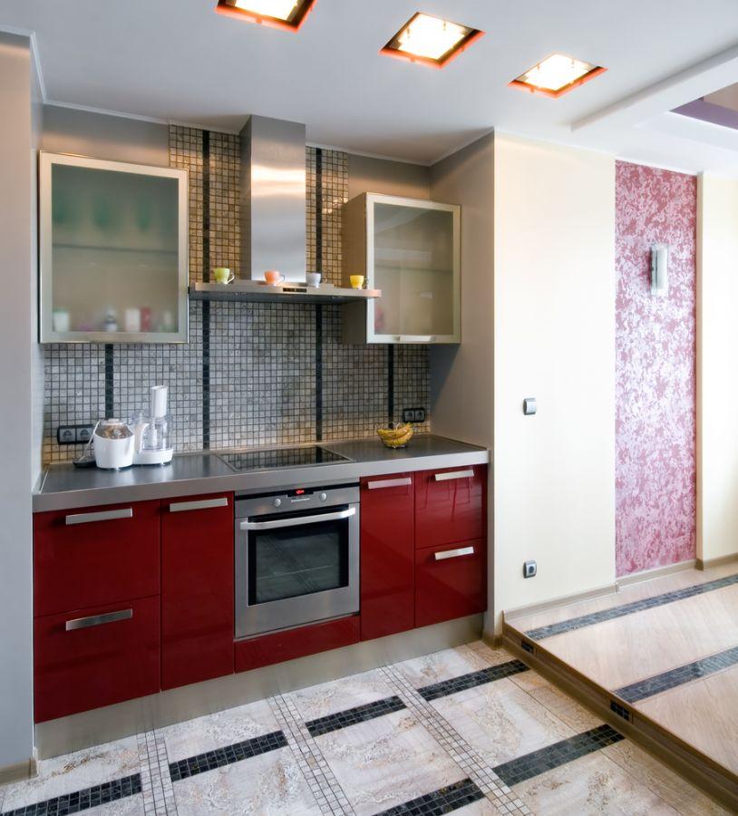 O papel de parede recupera geladeira, máquina de lavar louça e outros eletrodomésticos  / Shutterstock
