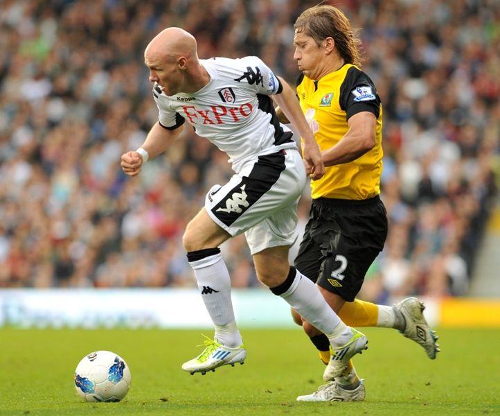 Fulham e Blackburn ficaram na igualdade neste domingo / Ben Stansall/AFP