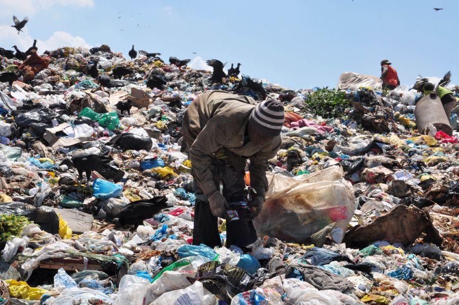 A média nacional de produção de lixo reciclável é de 30% / STÉPHANIE SARAMAGO/ Arquivo/ AE/ Arquivo