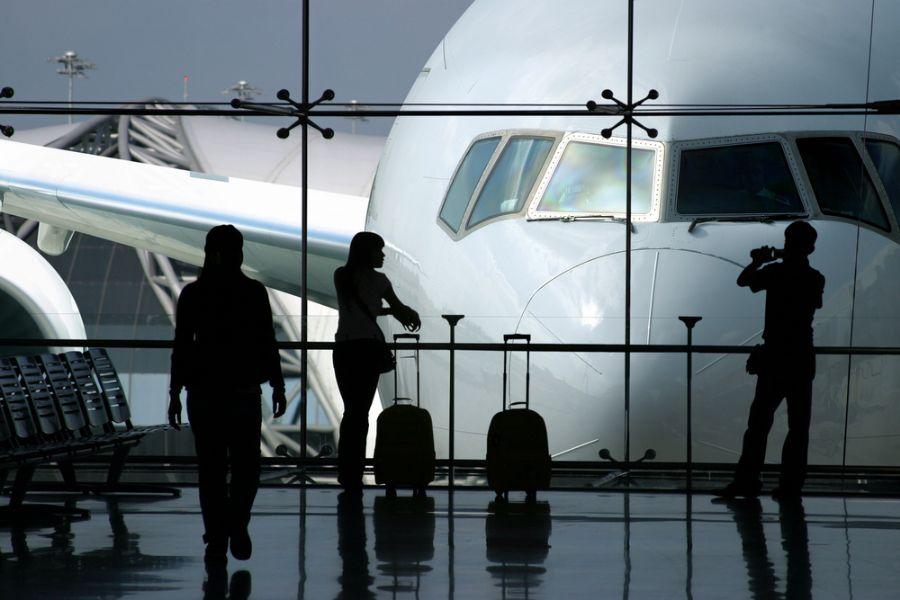Investir em um seguro-viagem pode evitar dor de cabeça durante as férias  / Shutterstock