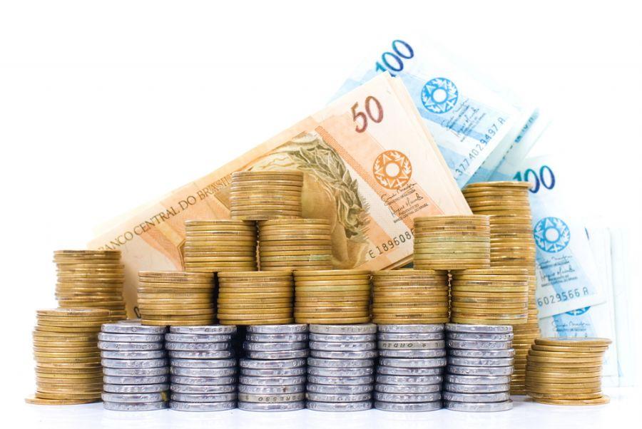 Queda da taxa de juros exige mais cálculos por parte do investidor / Shutterstock/Divulgação