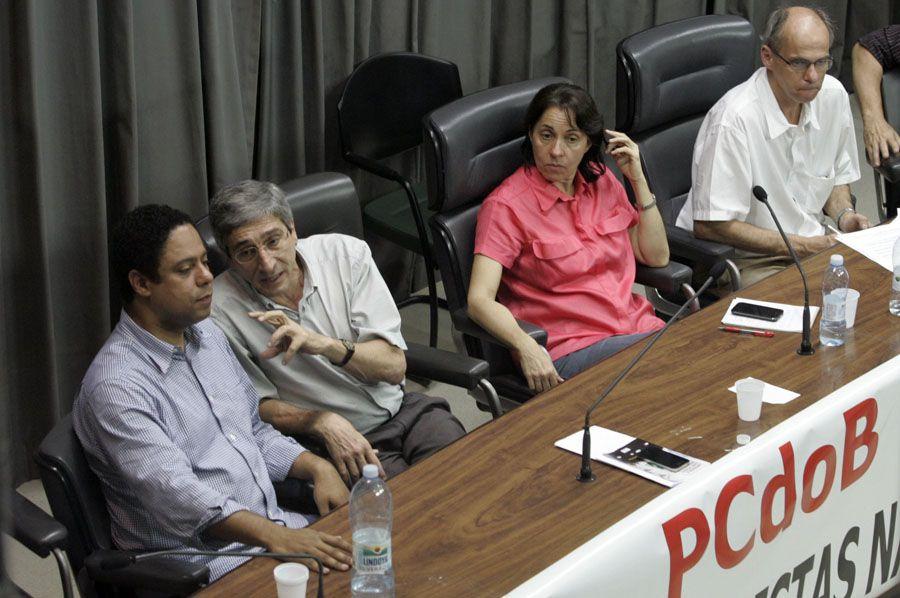 Orlando Silva (à esq.) participou do evento em São Paulo / Ayrton Vignola/ AE