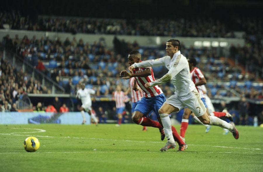 cf2ffc364c Cristiano Ronaldo corre para vencer marcação rival  português brilhou na  goleada   Pedro Armestre