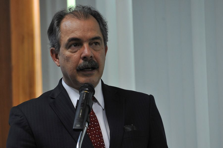 Atuação de Mercadante vem agradando à presidente Dilma Roussef /  Fabio Rodrigues Pozzebom/ABr
