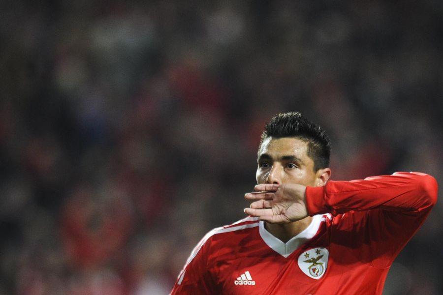 Cardozo comemora gol da vitória do Benfica / Patricia de Melo Moreira/AFP