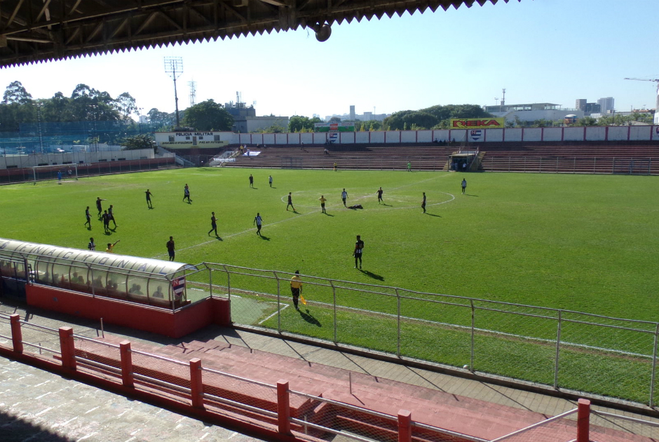 Barra Funda e os dois lados do futebol