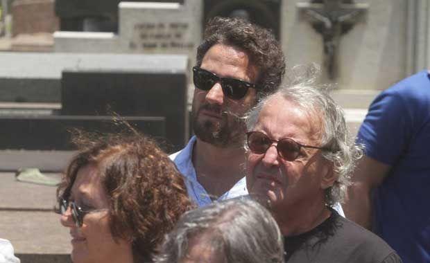 Rodolfo Bottino é enterrado no RJ