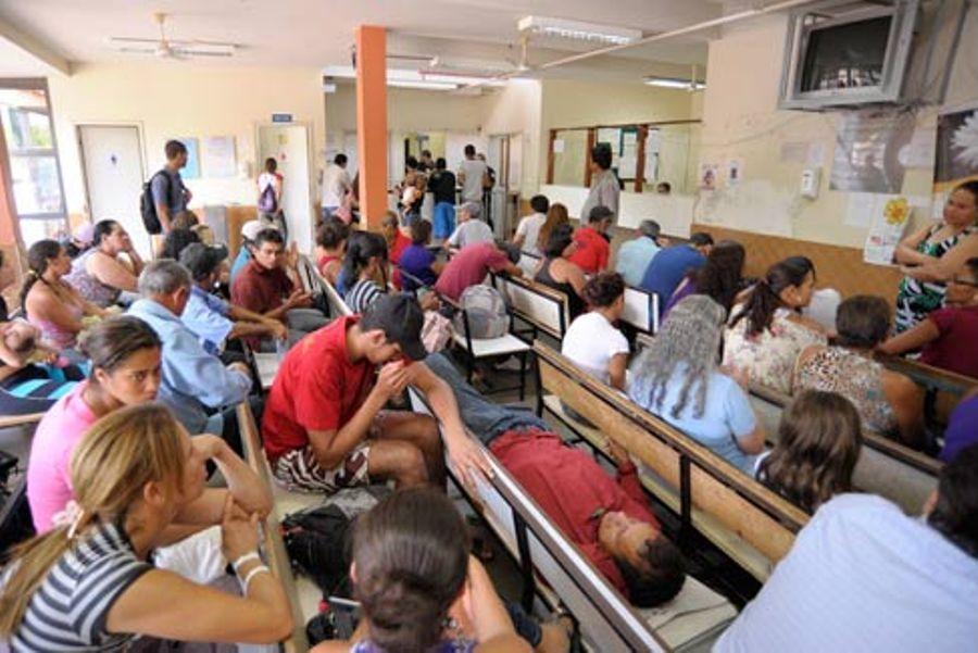 Hospitais públicos ainda necessitam de verbas  / Pedro França/Agência Senado