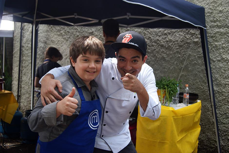 Noiz Moscada cozinha com as crianças em A Prévia