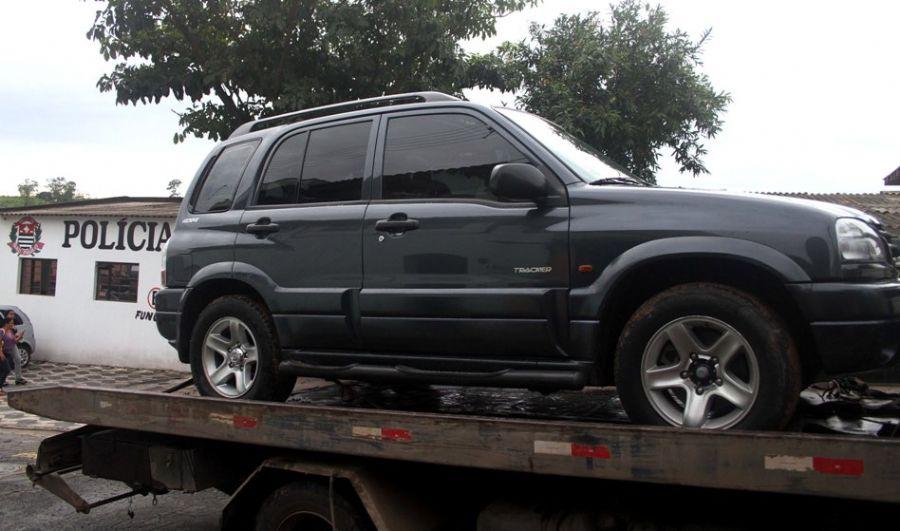 O veículo foi levado para o Instituto de Criminalística de São Paulo / GRIZAR JUNIOR / AE