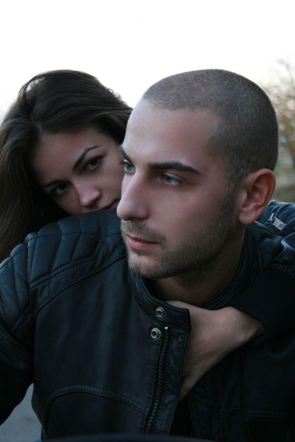 Se o casal só tem prazer no sexo em locais públicos, isso pode indicar algum problema, diz especialista / Hidden/Sxc.hu