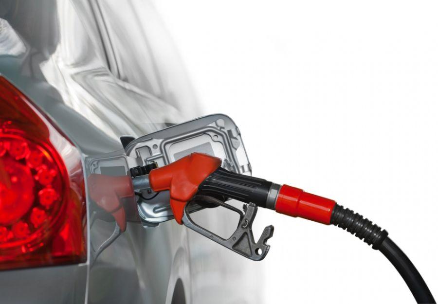 """Governadores de 20 estados dizem que altas no preço da gasolina são """"problema nacional"""""""