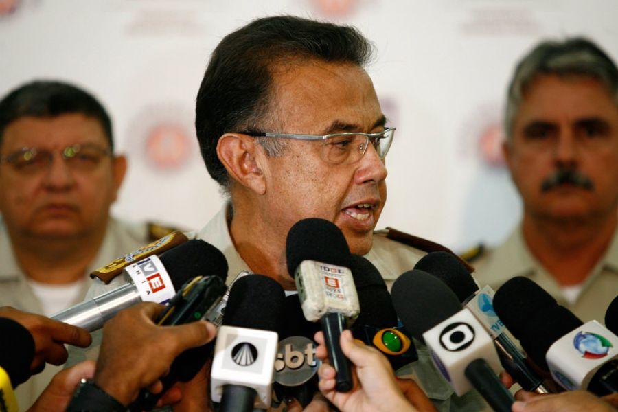 Coronel Alfredo Castro afirmou que 85% do efetivo já voltou ao trabalho na região metropolitana de Salvador / Gildo Lima/Agência A Tarde/AE