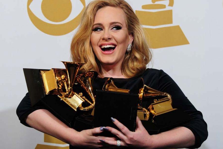 Adele levou seis prêmios no Grammy / Frederic J. Brown/AFP
