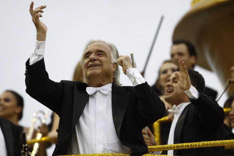 Maestro João Carlos Martins sofre com problemas neurológicos desde 1995 / Léo Pinheiro/ Frame/ AE