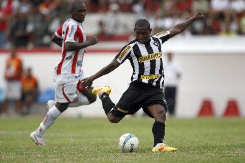 Jobson deu passe para o gol de Cidinho / Reprodução/botafogo.com.br