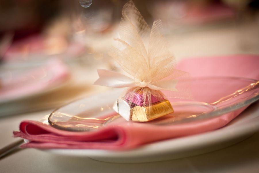 Detalhes rosas inovam a decoração da festividade