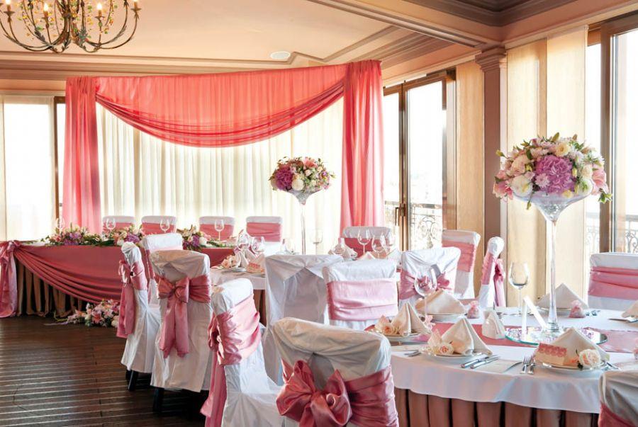 A cor rosa tem se tornado bastante requisitada pelos casais