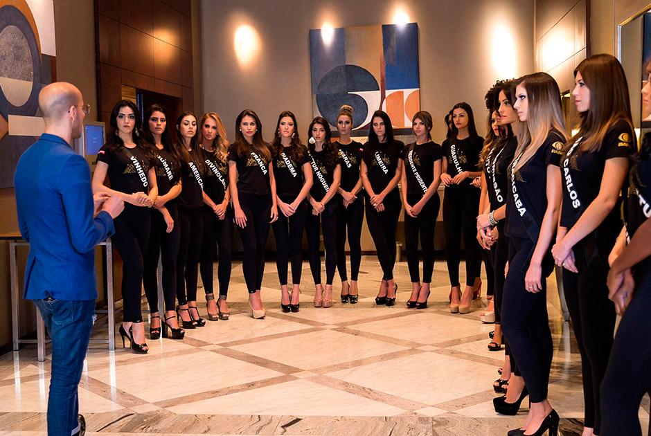 Candidatas a Miss São Paulo BE Emotion treinam passarela