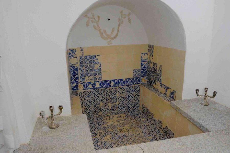 O objeto, chamado mikvé, é uma espécie de sinagoga para os judeus ortodoxos / RAUL GOLINELLI / AE