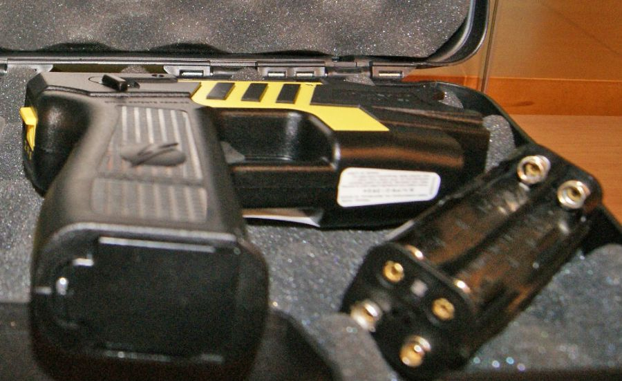 Arma de choque foi entregue no CDP / André Rizzatto/BandNews FM