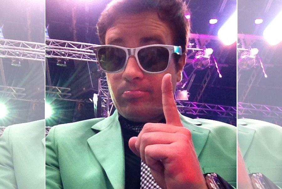 Repórter Vesgo comemora primeiro lugar nos bastidores da atração / Divulgação/Twitter