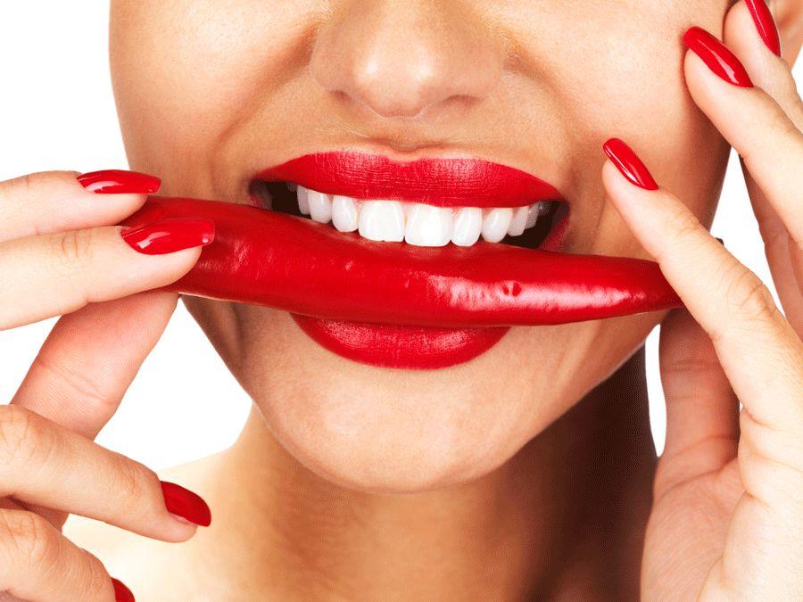 Pimenta está entre os alimentos afrodisíacos / Yuri Arcurs/Shutterstock