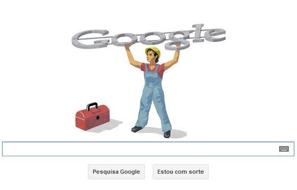 O Doodle mostra um operário segurando o logotipo do Google / Reprodução Google
