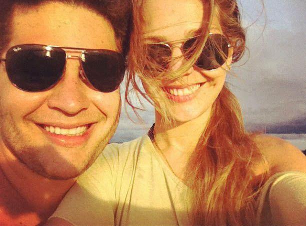 Pedro Leonardo e sua mulher, Thais Gebelein / Divulgação/Twitter oficial