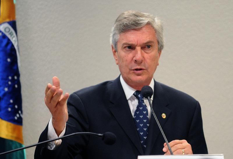 Relatório identificou operações suspeitas de R$ 798 mil nas contas pessoais de Collor / Wilson Dias / Abr