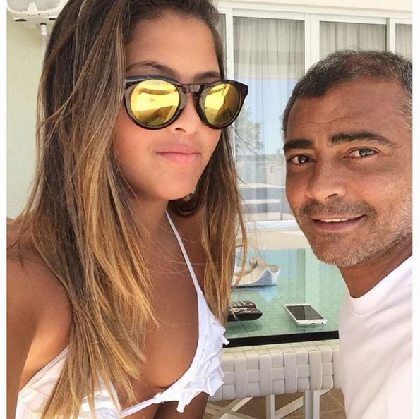 Conheça Danielle Favatto, a bela filha do ex-craque Romário