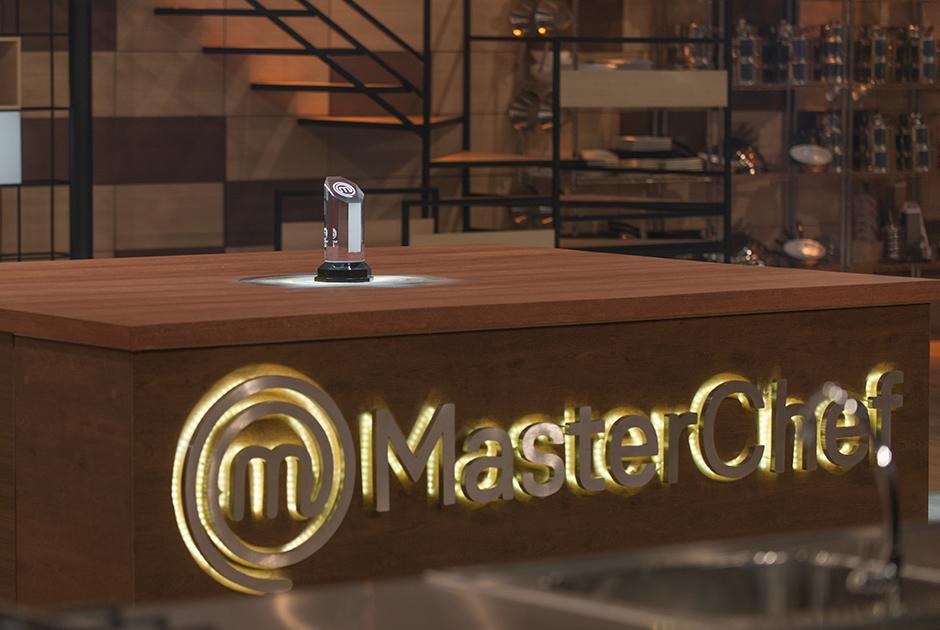 Bruna Chaves e Leonardo Young disputam o título de MasterChef Brasil