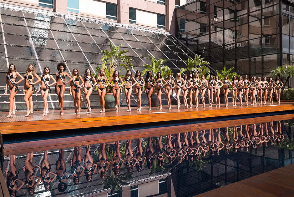 Candidatas a Miss São Paulo BE Emotion desfilam de biquíni