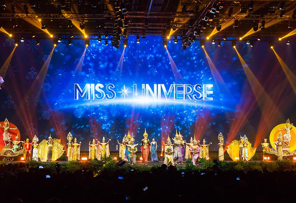 Veja os looks mais extravagantes do desfile de traje típico no Miss Universo