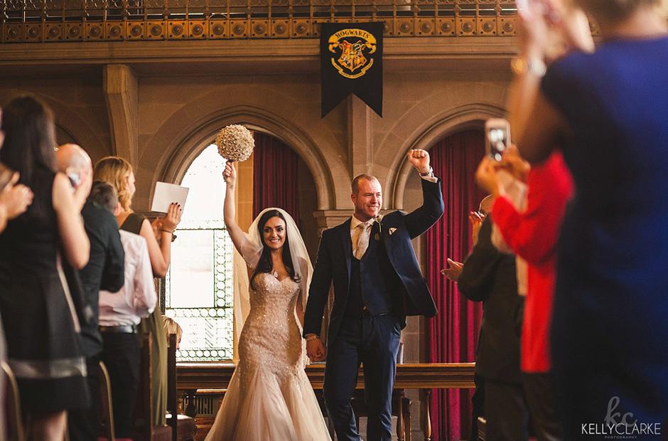 Fãs fazem casamento inspirado em Harry Potter