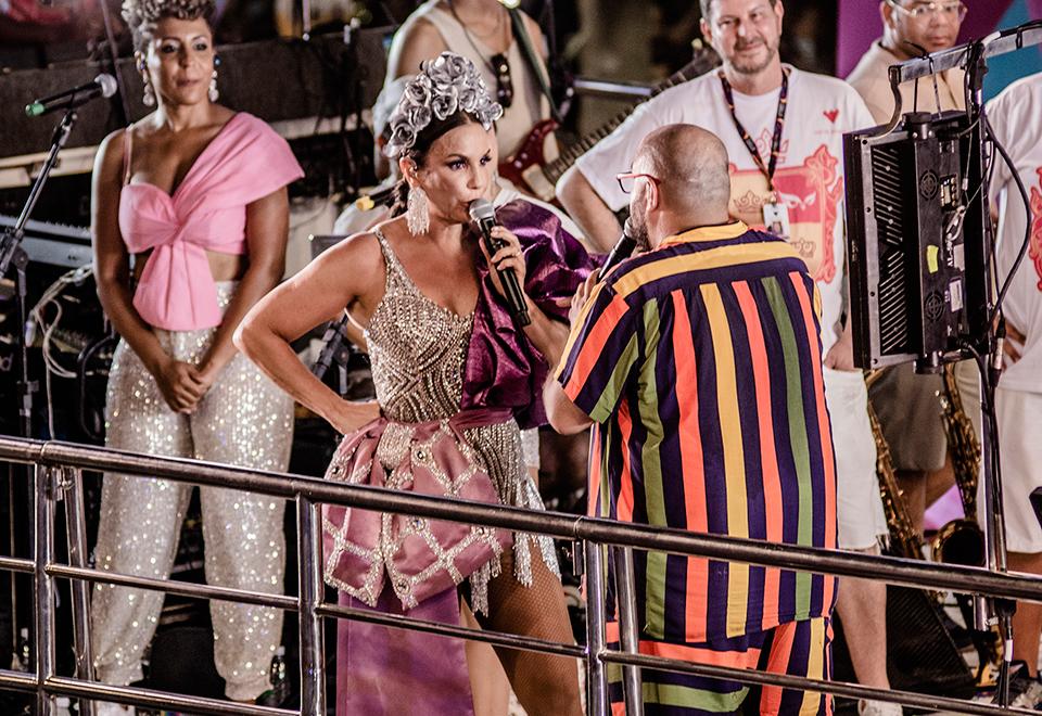 Tiago Abravanel revela que conheceu marido em trio de Ivete