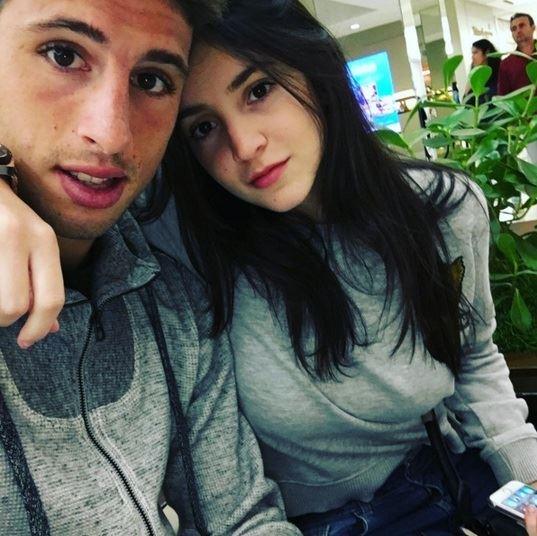 Micaela Fusca, a bela namorada do atacante Calleri