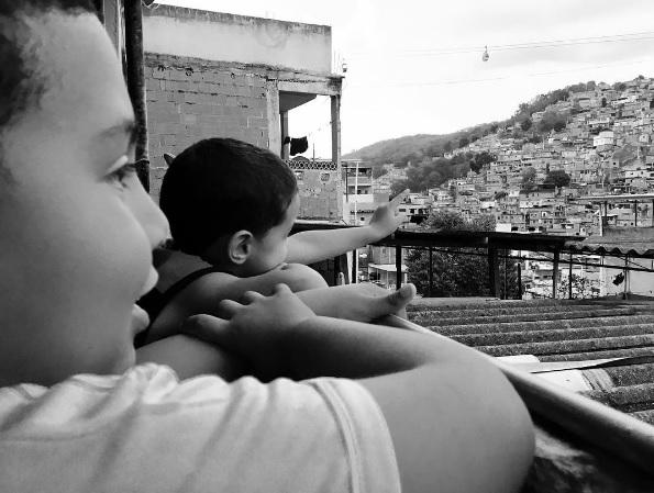 Projeto fotográfico traz novo olhar às favelas do Rio
