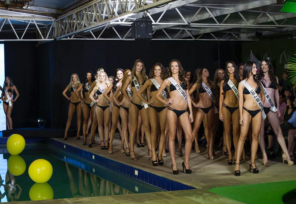 Confira o desfile de biquíni das 30 finalistas ao Miss RS