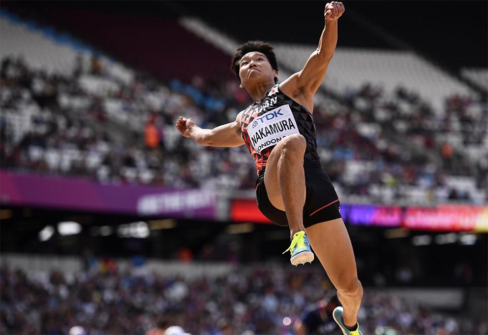 Veja o voo dos atletas nas provas de salto do Mundial de Atletismo