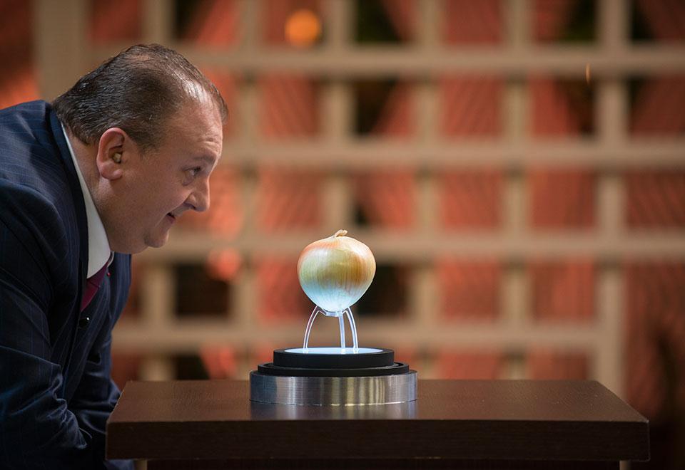 Cebola brilha em primeira etapa da semifinal do MasterChef