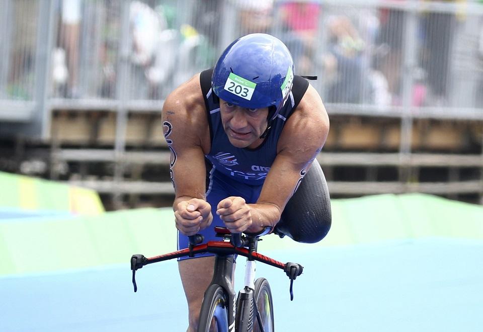 Esforço dos atletas é destaque no triatlo paraolímpico