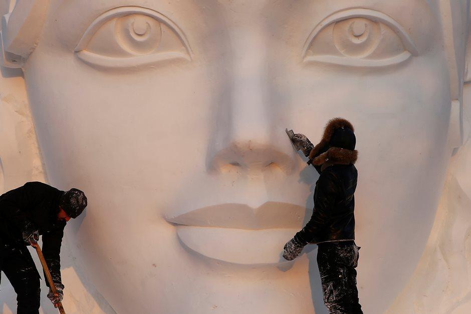 Confira o festival de esculturas em gelo chinês