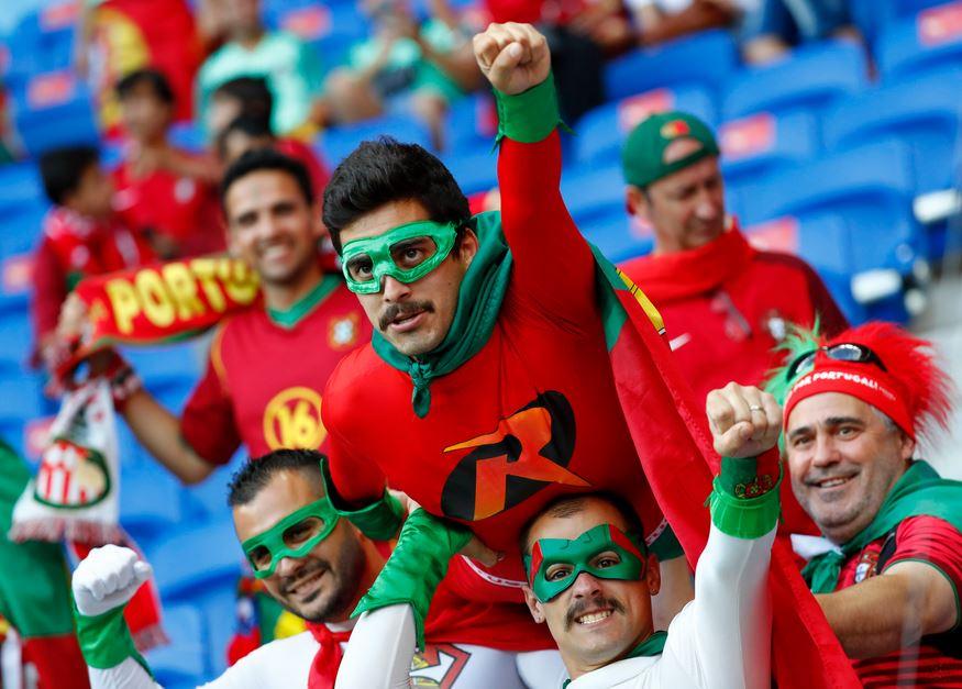 Veja imagens de Portugal x País de Gales