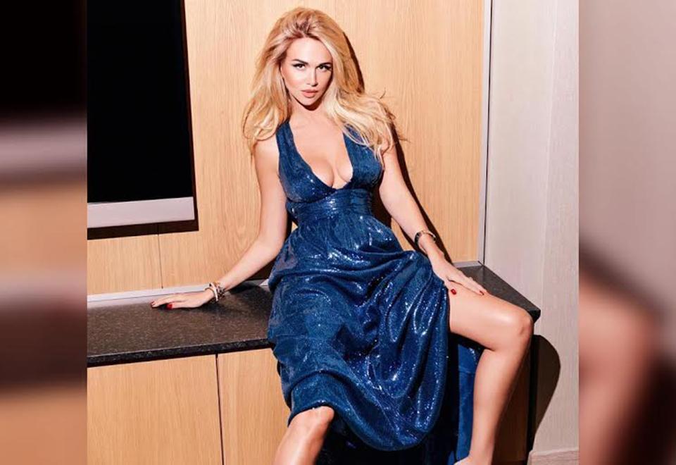 Victoria foi Miss Rússia em 2003 e se tornou depois diretora de concursos de Miss no país