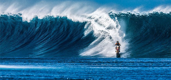 surfe-moto.jpg
