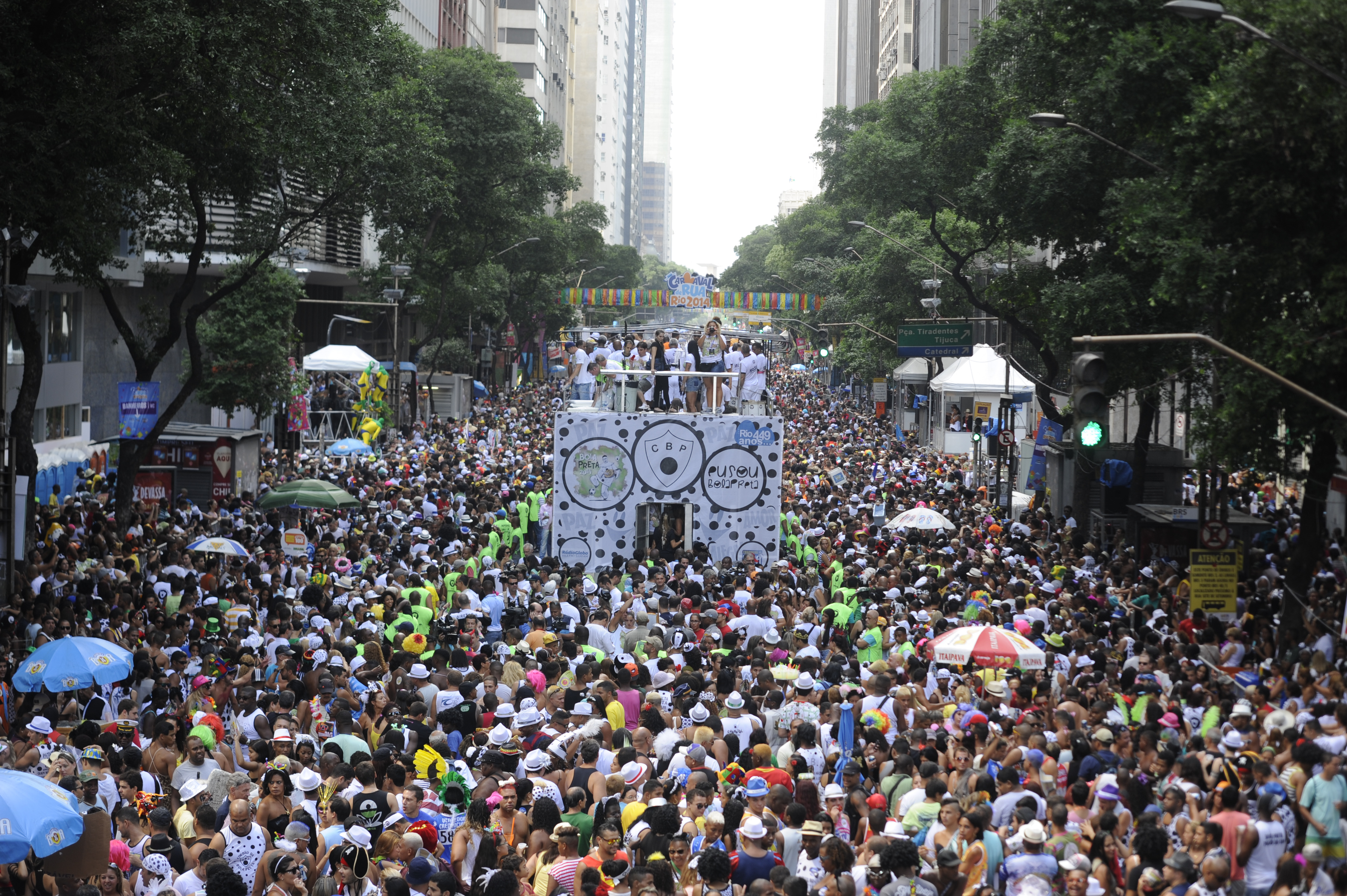905854-carnaval_bolapreta0308.jpg