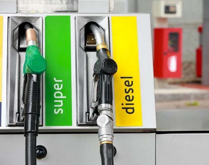 distributori-benzina-2-2.jpg